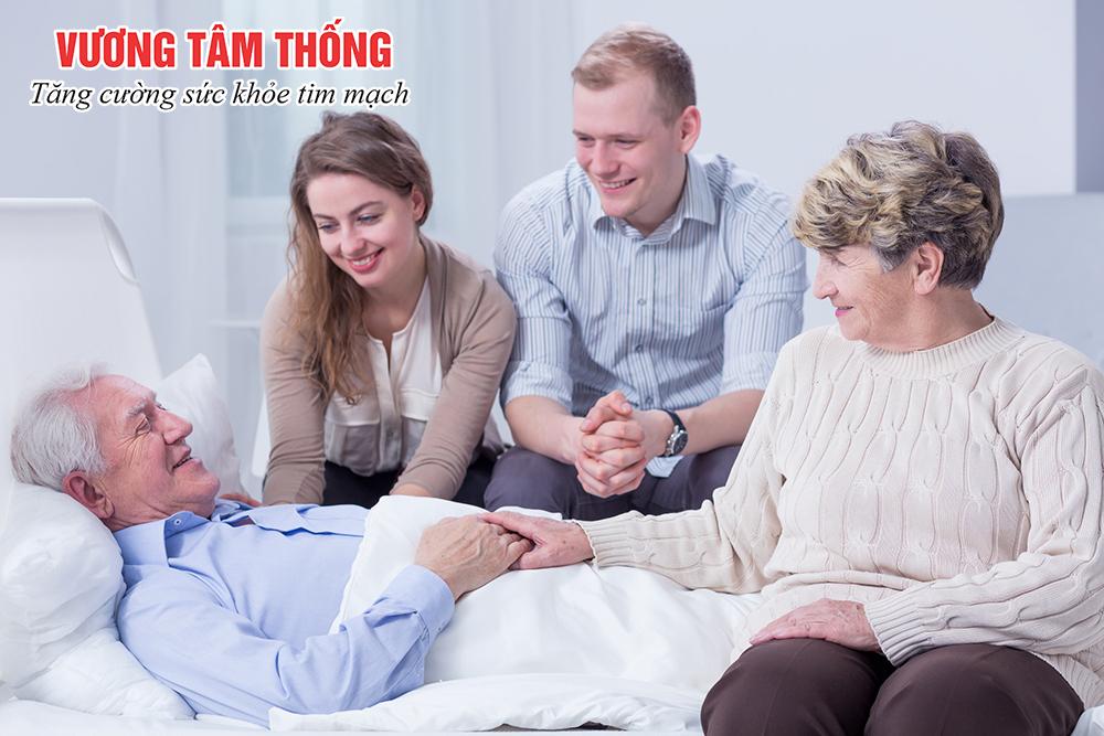 Thông báo cho người thân để nhận được chăm sóc sau can thiệp mạch vành